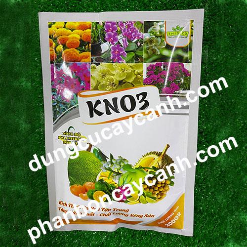 Phan-bon-vi-luong-kich-hoa-KNO3-10-0-46-200gr